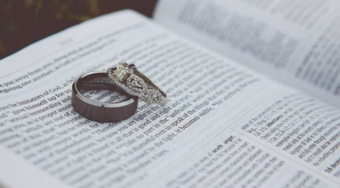Open Tabs [4/9/14] 5 Traits of Biblical Marriage; John Piper Hospital Visit; Unplugged